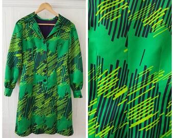 Vintage 60s green,yellow, black mod Dress, short pleated long sleeve dress, size small