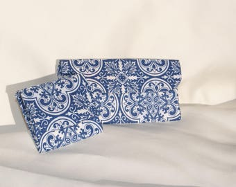 Purse holder and billfolds cardboard and fabric for women