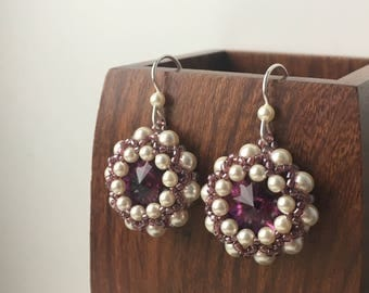 READY TO SHIP! Beaded earrings with Swarovski crystal and pearl, White and amethyst earrings, Gift for her, Dangle earring