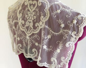 1940s Vintage Handmade Lace Collar (free shipping)
