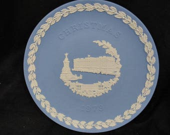 2 Beautiful Vintage Blue Wedgwood Jasperware Plates With White Decorations-Zodiac Signs and 1979 Christmas Plate