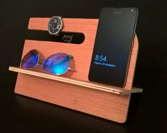 Handcrafted wooden Docking station