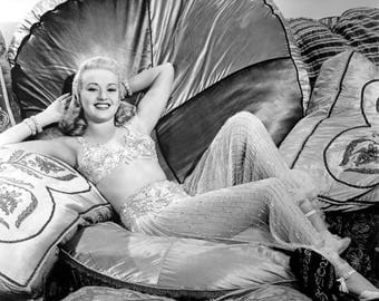 BETTY GRABLE PHOTO #22