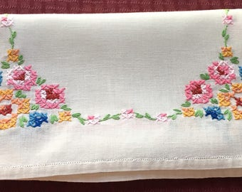 Vintage Hand Crafted Linen Table Runner Dresser Scarf with Floral Cross Stitch