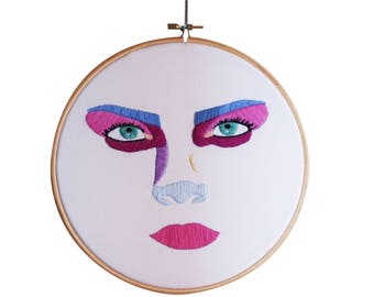 20% out! Face Embroidery Delevigne