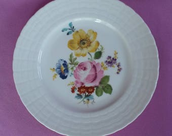 "Hutschenreuther Germany Salad Plate 8"" Diana Pink, Blue and Yellow Flowers"