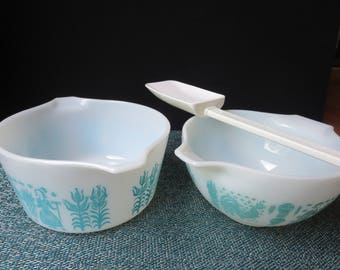 Set of Two Pyrex Dishes Butterprint Blue Aqua on White - One 1 1/2 Pt Cinderella Bowl, One Round 1 Qt Casserole #441, #473