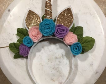 Unicorn headband with pastel flowers