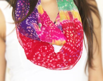 Multicolour Bandhani infinity scarf, tie and die multicolour scarf, pure georgette scarf, indian scarf, traditional scarf, infinity scarfs.