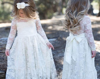 Ivory Lace Flower Girl Dress, Lace dress, junior bridesmaid dress, Vintage Style Dress, Rustic wedding, beach wedding dress. Lace Flower