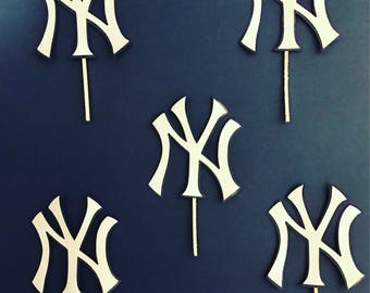 New York Yankees cupcakes toppers