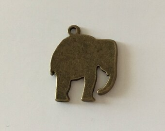 Large elephant Pendant (bronze) 24 X 20 mm
