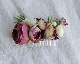 Purple flower comb Wedding flower comb White beige purple flower comb Bridal flower comb Hair comb
