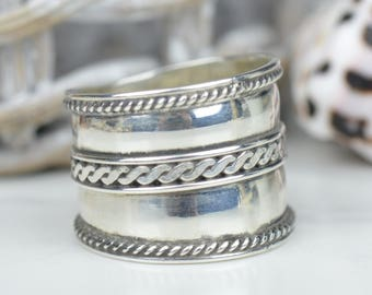 Bali Wide Band Sterling Silver Ring with Swirl Design