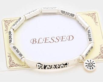 Embossed metal stretch bracelet