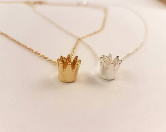 Crown necklace, princess necklace , crown pendant, simple necklace