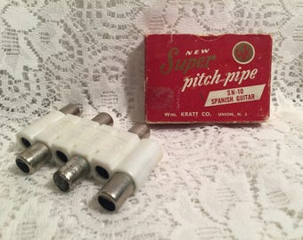 1930's Pitch Pipe by Kratt Co. in original box