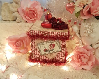 Vintage Shabby Chic To My Sweetheart Valentine Gift Box Love Heart Red Roses on Square Box Red and Ivory Vintage Valentines Container