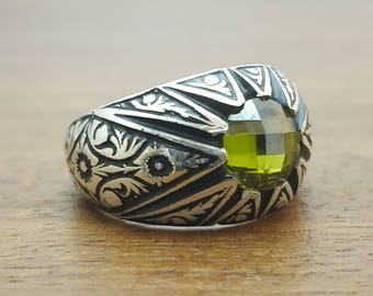 925K Sterling Silver Mens Ring With Cz Green Stone