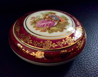 """jewelry box in porcelain made in France """"Limoges"""""""