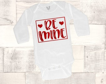 Baby Girl Valentine Outfit, Valentine Bodysuit, Be Mine Bodysuit, Red Foil, Bee Mine Shirt, Baby's Valentine Outfit, Mommy & Me, Cupid