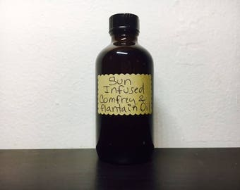 Sun Infused Organic Comfrey and Plantain Oil