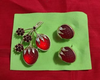 Strawberry Pin and Earrings-Vintage Sarah Coventry