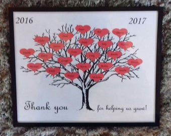 """Personalised Thankyou Teacher class 2017 tree & hearts picture frame 8"""" x 10"""""""