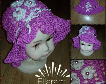 Girl's crochet hat purple with white flowers Available for 6 to 8 years