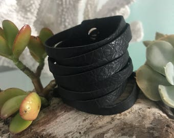 Black slit leather cuff