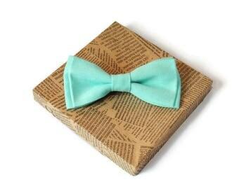 mint wedding mint linen bowtie mint selftie for groom mint ties groomsmen gift for boyfriend gift for husband mint linen hanky for men ltk33