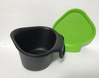 Tupperware chop collector