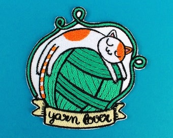 "Cat and Yarn Ball ""Yarn Lover"" Patch - Iron-On Patch"