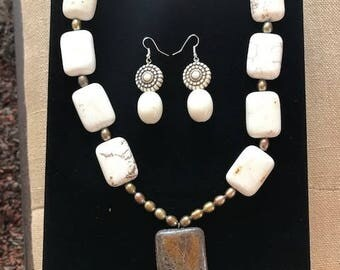White with Bronze Stone Necklace and Earring Set