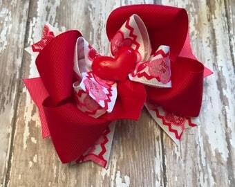 Valentine hair bow, valentine bow, hair bow