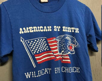 S vintage 80s American By Birth Wildcat By Choice t shirt * USA
