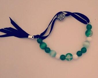 Green expressive bracelet