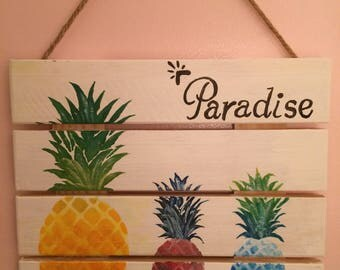 Wood Pineapple Sign
