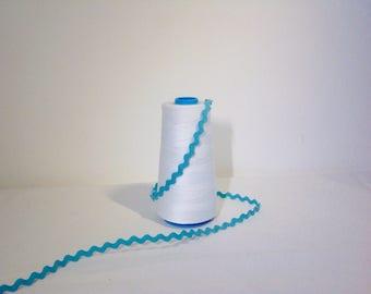 0.5 cm turquoise rickrack