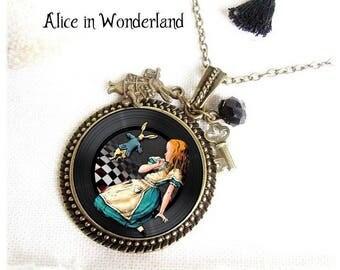 Alice in Wonderland necklace, The White Rabbit, Bronze Jewelry, Alice white rabbit, Eat Me, Drink Me