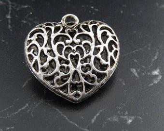 Tibetan style heart Pendant 1