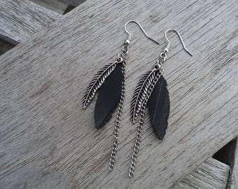 Earrings feathers in inner inner and metal silver - dangle earrings - dangle chain - fancy earrings