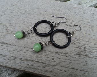 Washer and green pearl earrings