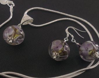 Floral glass beads set: handcrafted nasturtiums.