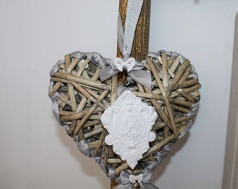 Heart scent and its plaster ornament