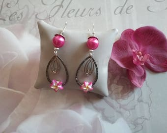 Dangling earrings with tiare flower, Pearl and rhinestone crystal drop