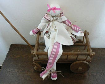 Doll towels embroidered with Pinks and white ice cream cones