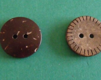 set of 2 buttons 18mm in diameter