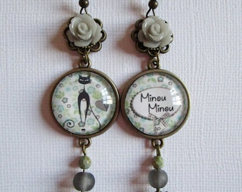 """""""Kitty Kitty"""", hanging earrings, bronze cabochon, costume jewelry"""