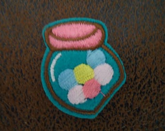 PATCH FUSIBLE - themed candy box - size 4 * 3cm-